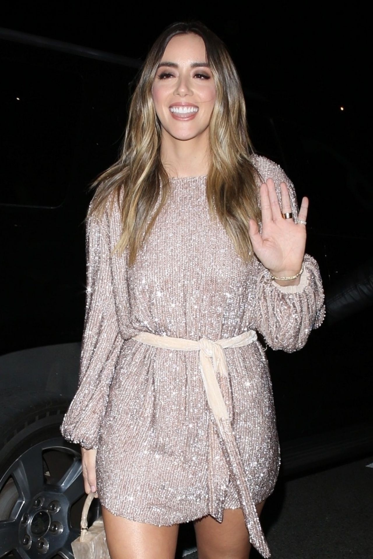 Chloe Bennet Arrives For The Vanity Fair Party In La 02