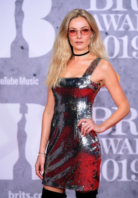 Clara Paget – 2019 Brit Awards