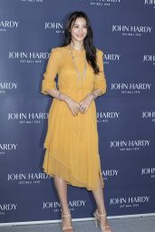 "Claudia Kim - ""John Hardy"" Fashion Photocall in Seoul"