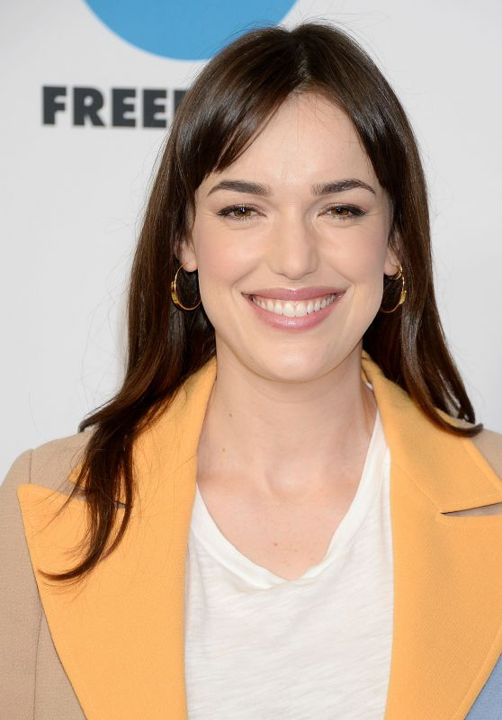 Elizabeth Henstridge - TCA Winter Press Tour in LA 02/05/2019