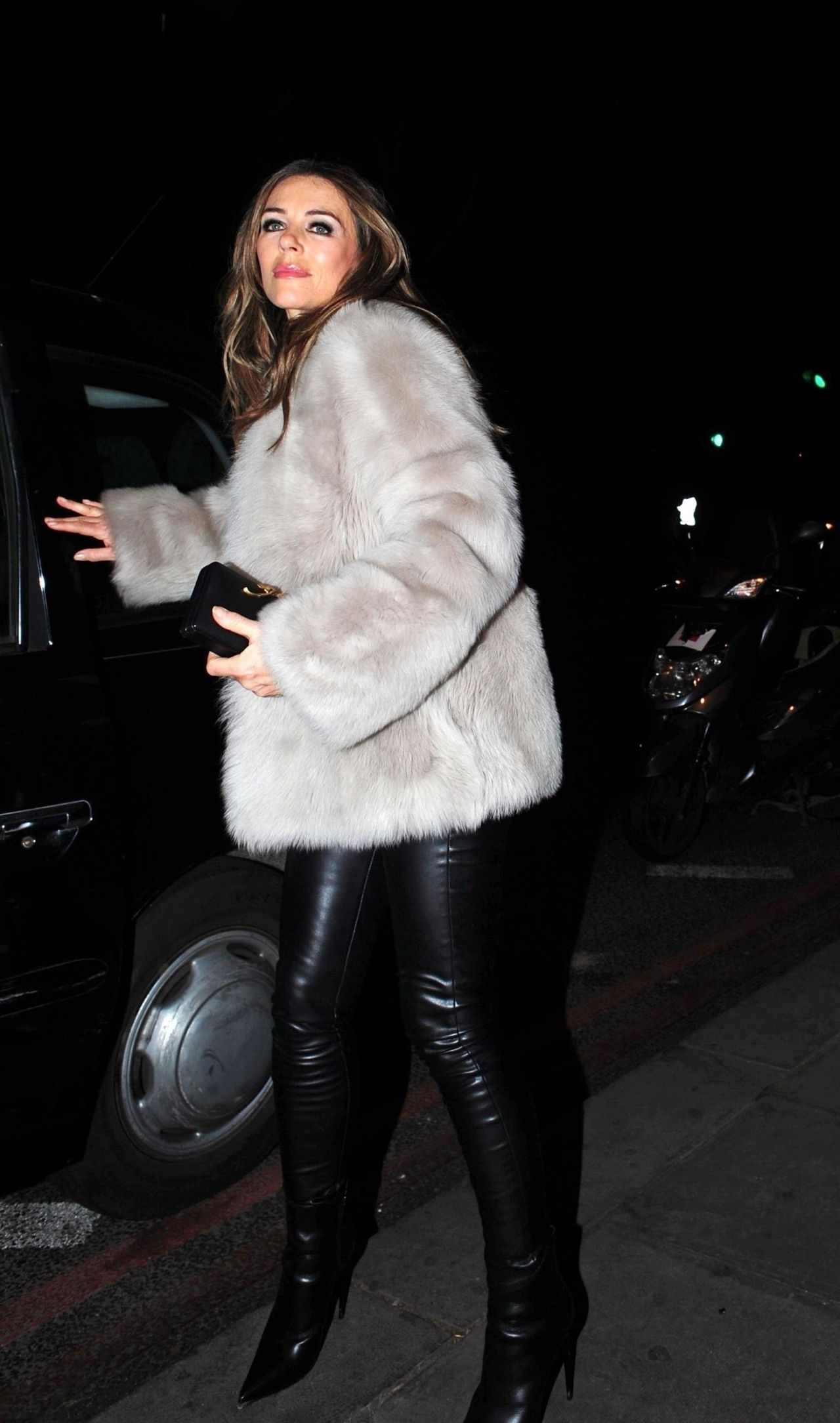Elizabeth Hurley Night Out Style 02 26 2019