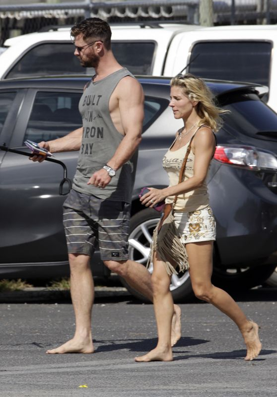 Elsa Pataky and Chris Hemsworth - Out in Byron Bay 02/06/2019