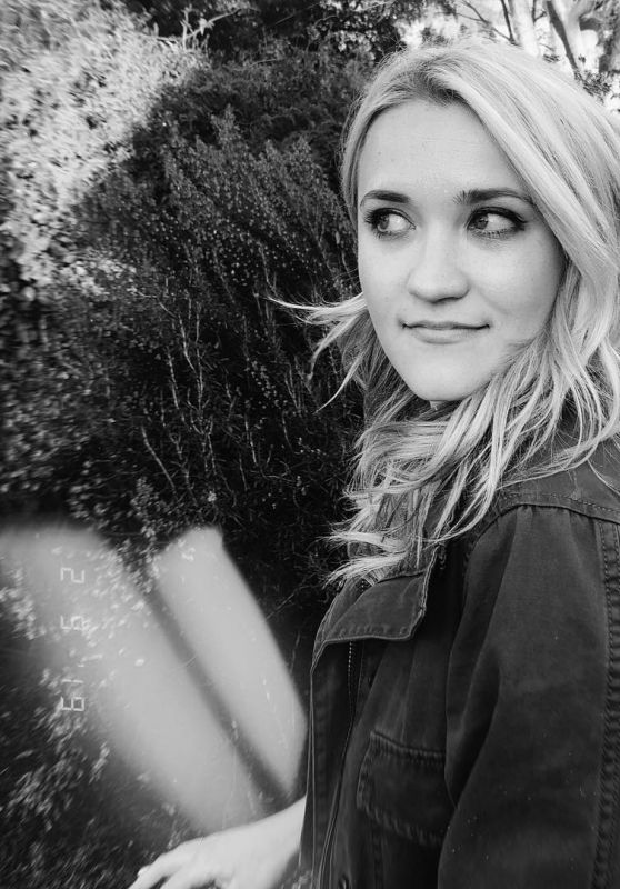 Emily Osment - Personal Pics 02/10/2019