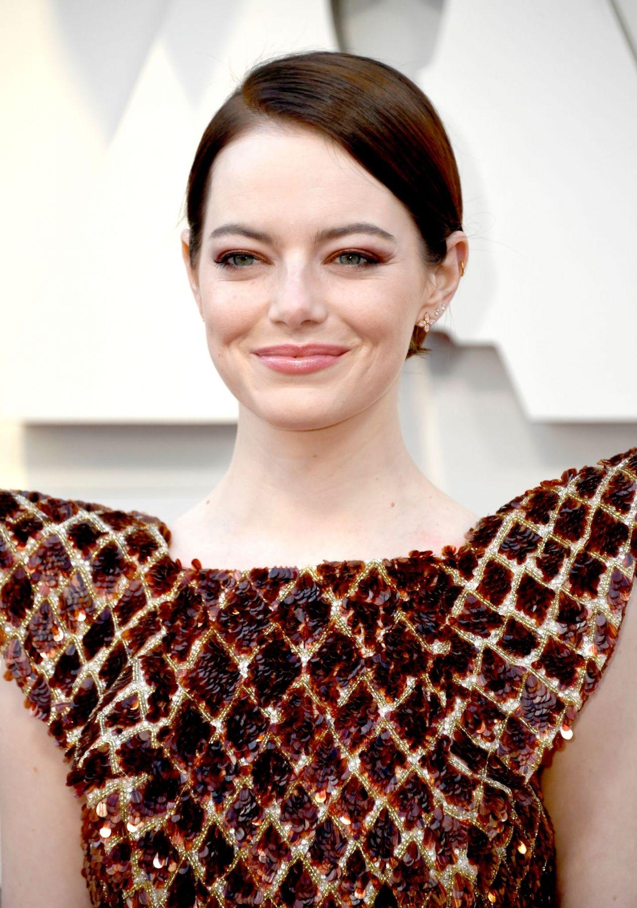 Emma Stone Oscars 2019 Red Carpet