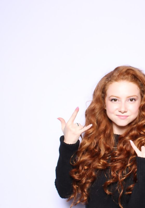 Francesca Capaldi – Kalani Hearts PromGirl Collection Launch Party Photobooth