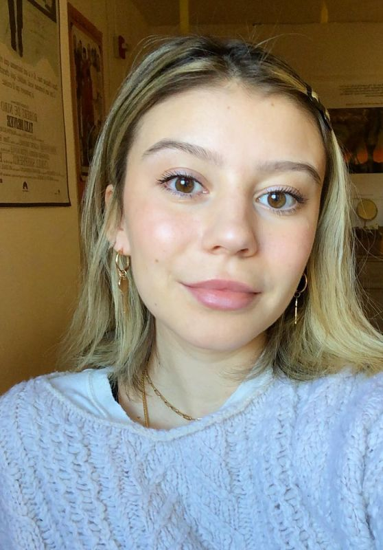 G. Hannelius - Personal Pics and Video 02/19/2019