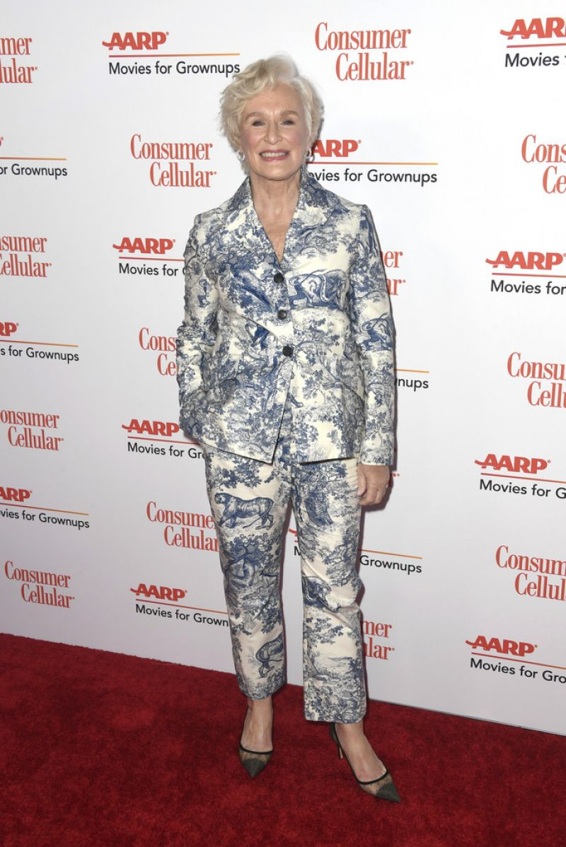 https://celebmafia.com/wp-content/uploads/2019/02/glenn-close-aarp-the-magazine-s-movies-for-grownups-awards-in-beverly-hills-02-04-2019-0.jpg