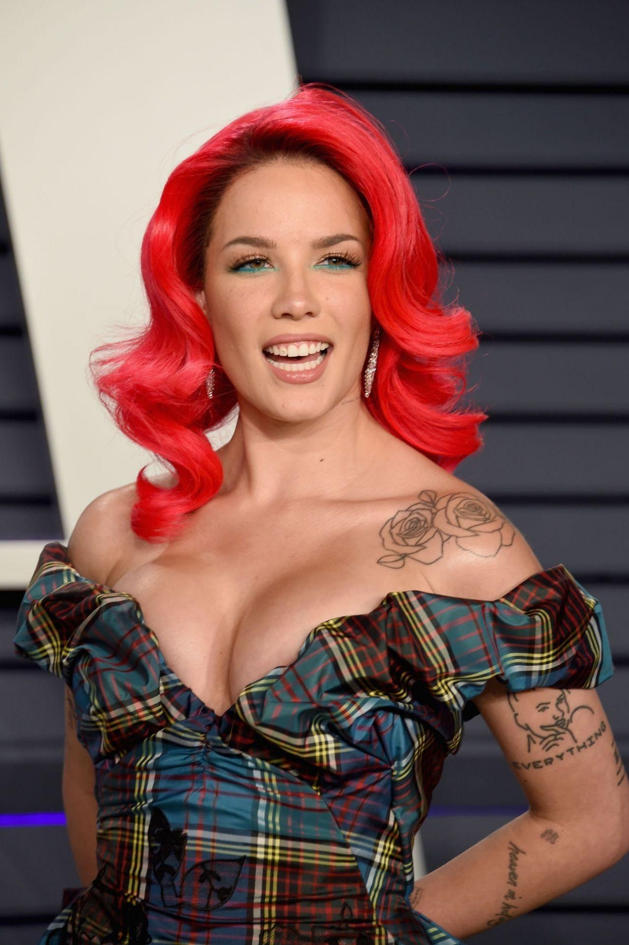 Halsey 2019 Vanity Fair Oscar Party