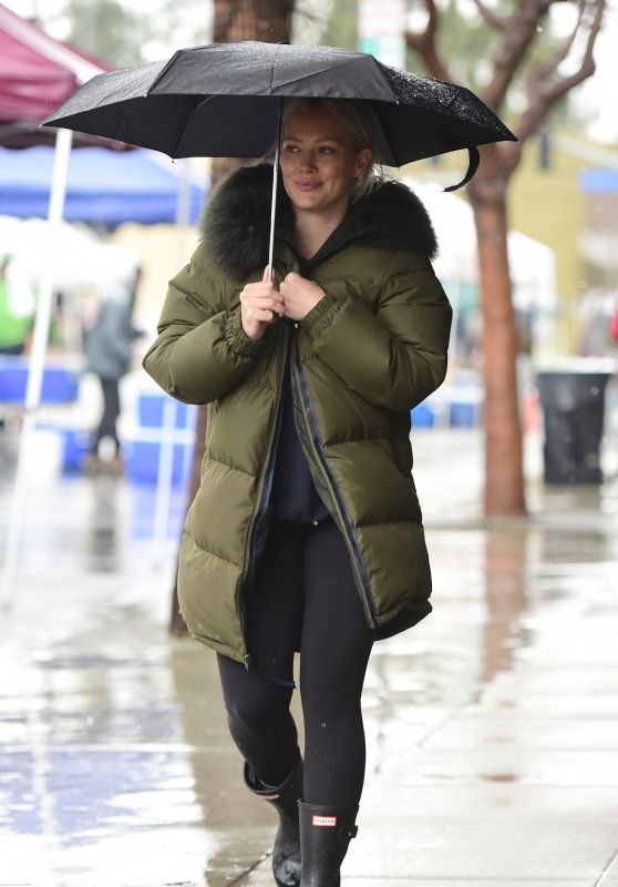 Hilary Duff on a Rainy Day With Style