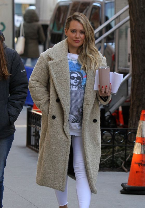 """Hilary Duff - On the Set of """"Younger"""" in NYC 02/26/2019"""