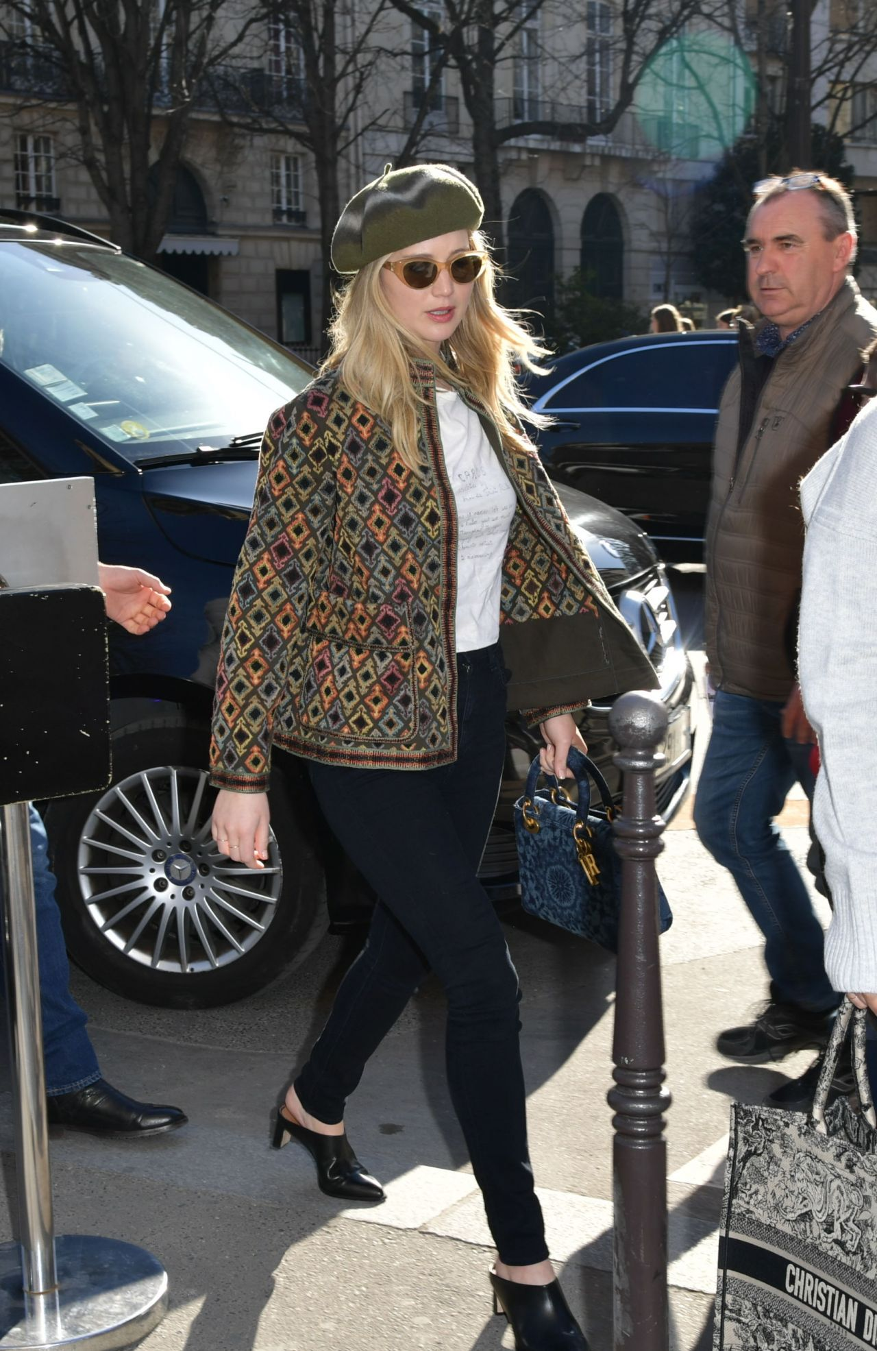 Jennifer Lawrence Street Fashion 02 25 2019