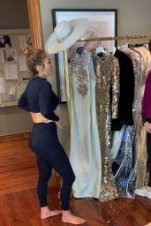 Jennifer Lopez - Personal Pics 02/12/2019