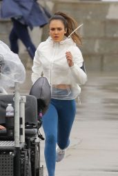 """Jessica Alba - Filming """"LA"""