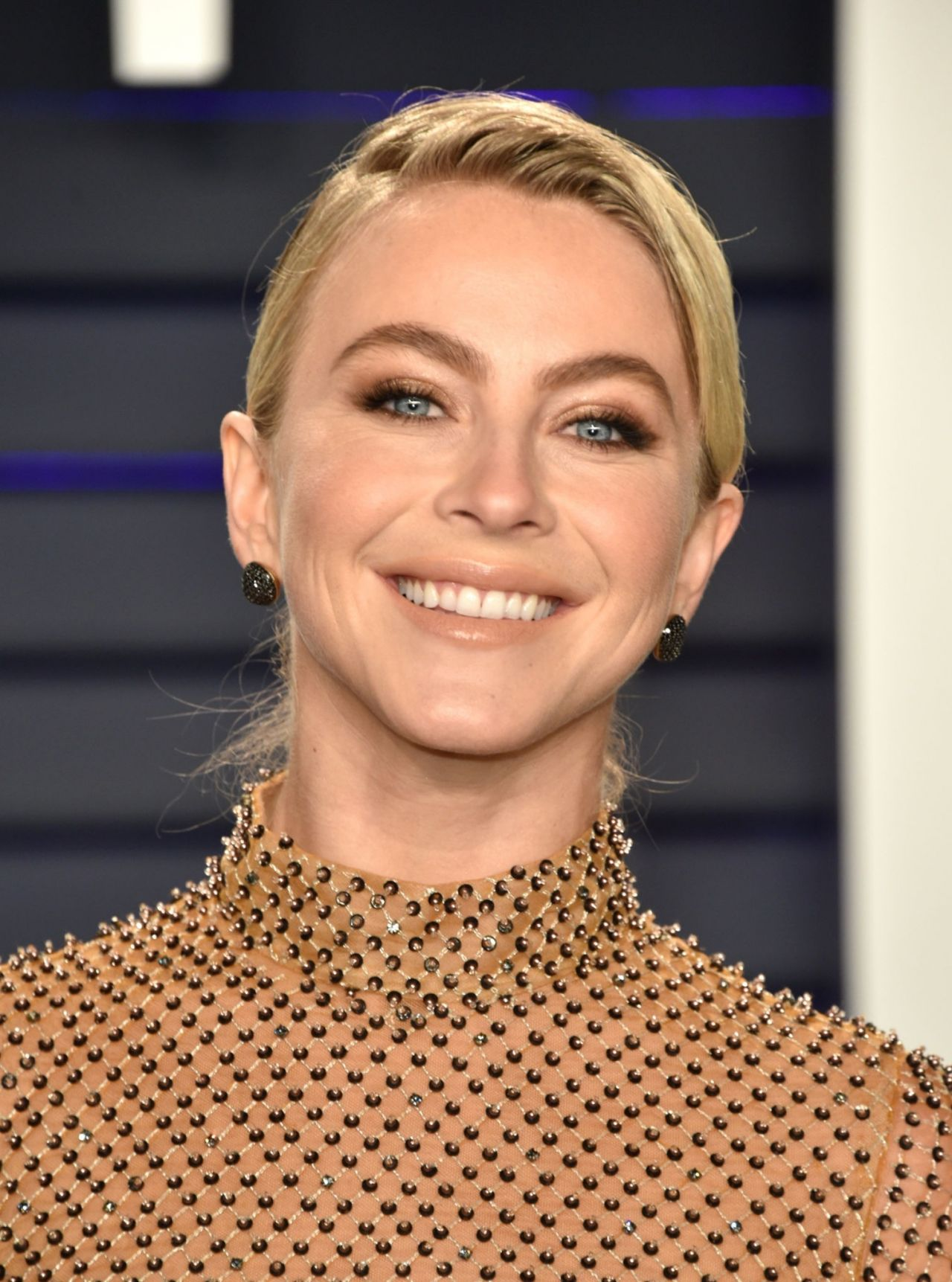 Julianne Hough 2019 Vanity Fair Oscar Party