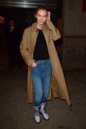 Karlie Kloss - Leaving the Marc Jacobs Fashion Show in NYC 02/13/2019