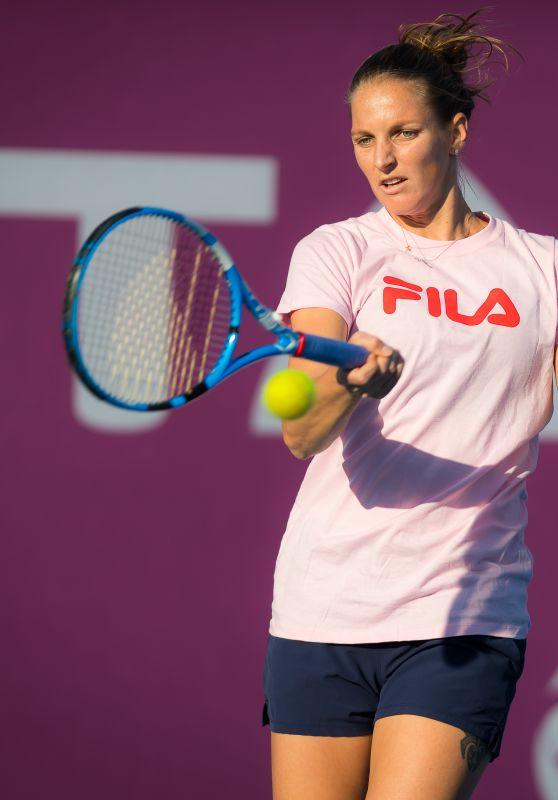 Karolina Pliskova - Practices at the 2019 Qatar Total Open in Doha 02/12/2019