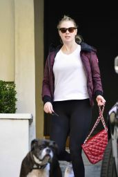 Kate Upton in Workout Gear 01/31/2019