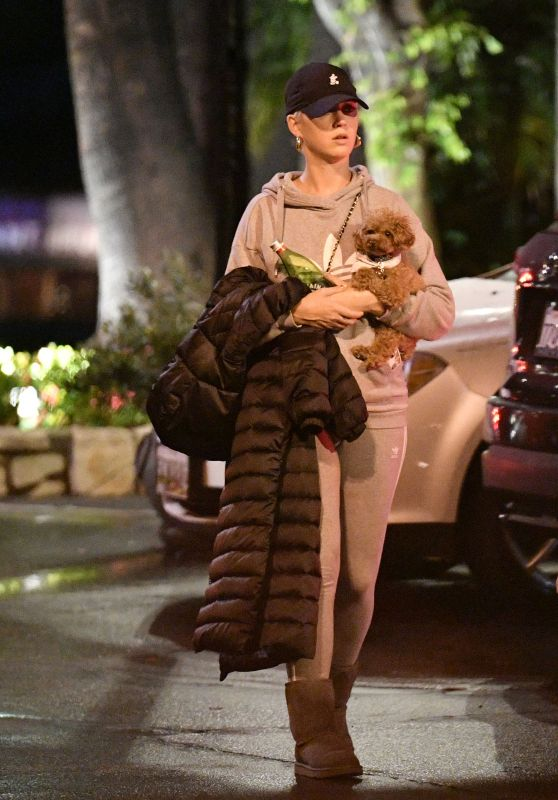 Katy Perry Street Style - Out in LA 02/02/2019