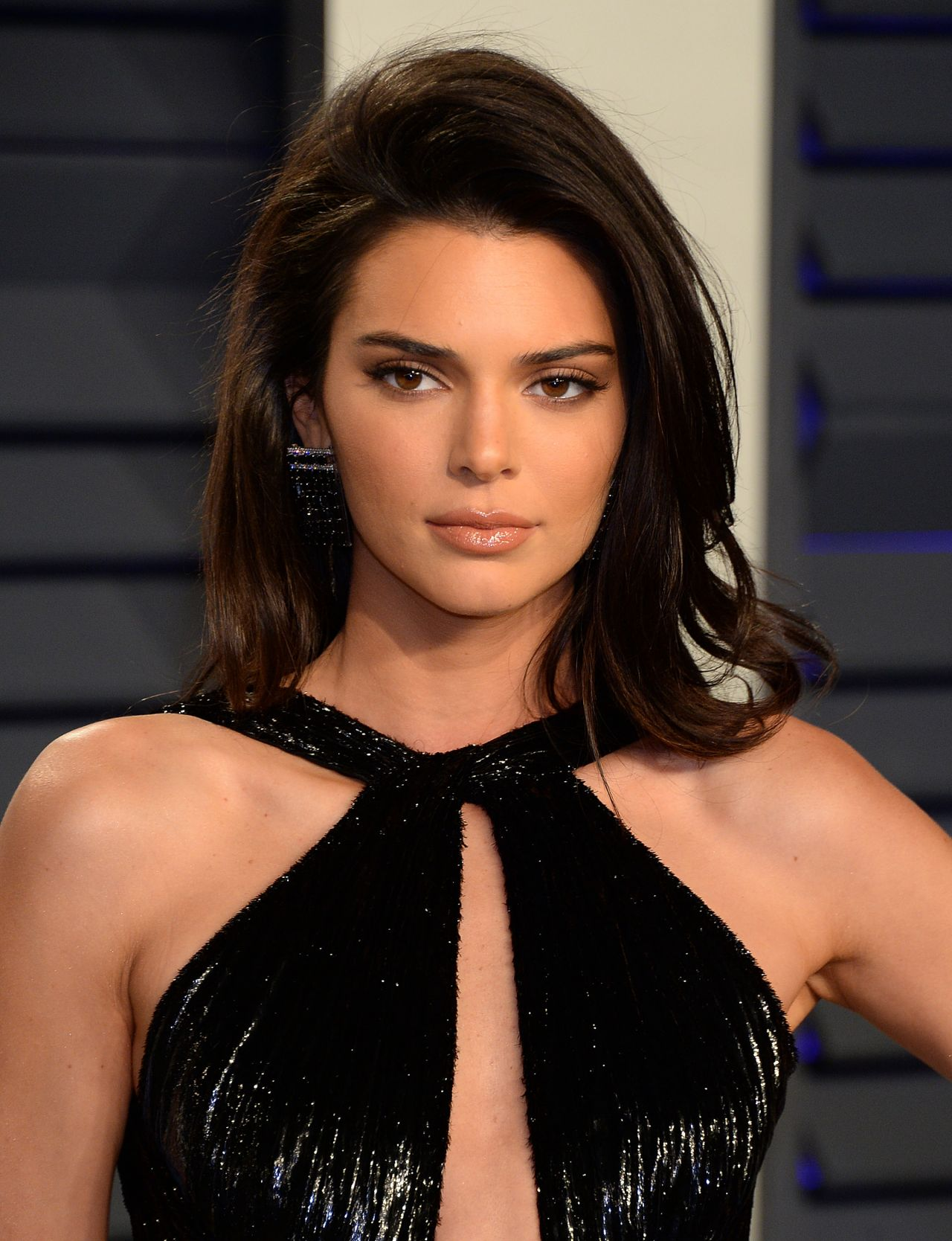 Kendall Jenner – 2019 Vanity Fair Oscar Party