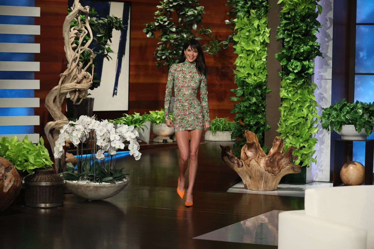 Kendall Jenner At The Ellen Degeneres Show In Burbank 02