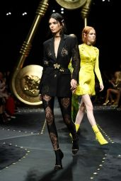 Kendall Jenner – Versace Fashion Show in Milan 02/22/2019
