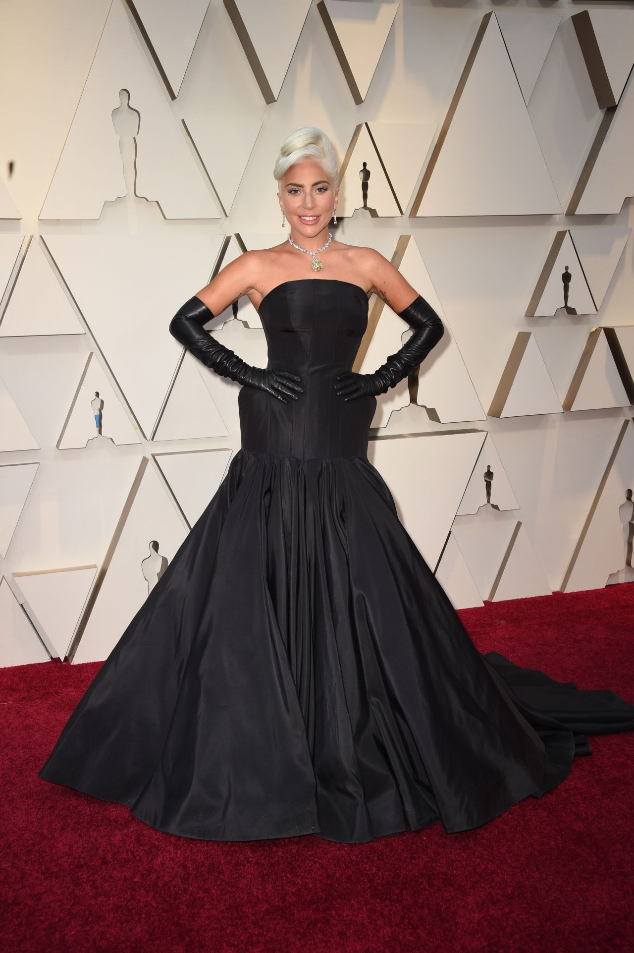 Lady gaga oscars 2019 red carpet - Oscars red carpet online ...