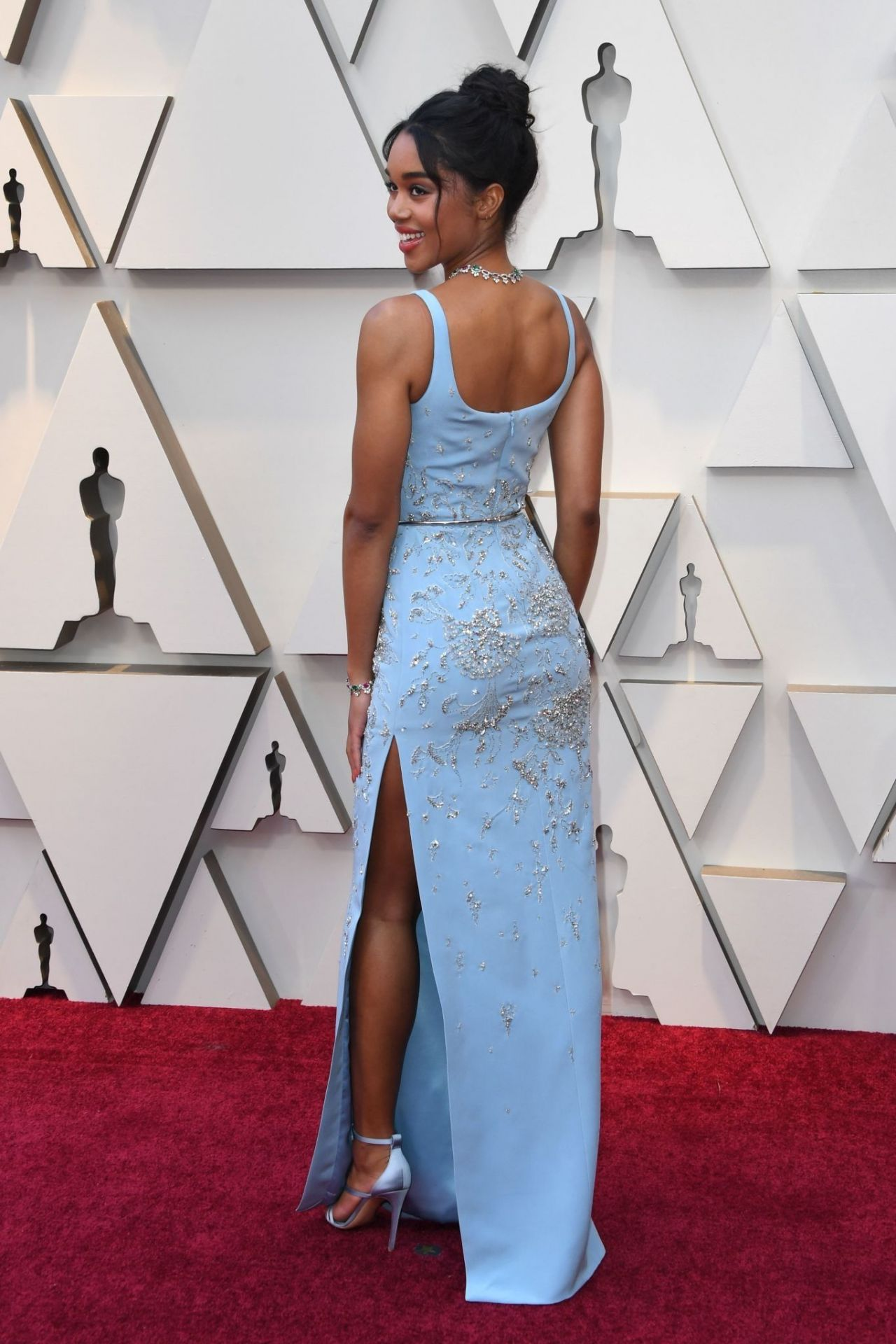 https://celebmafia.com/wp-content/uploads/2019/02/laura-harrier-oscars-2019-red-carpet-4.jpg