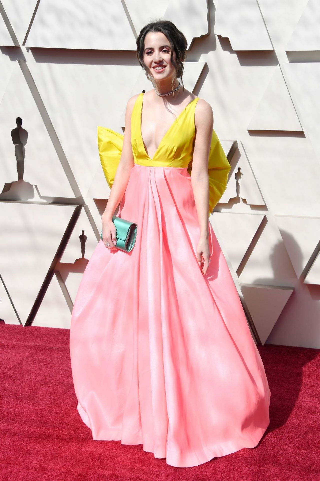 Laura marano oscars 2019 red carpet - Red carpet oscar dresses ...