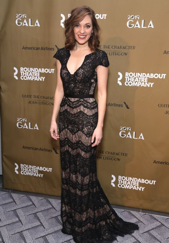 Laura Osnes – Roundabout Theatre Company 2019 Gala in NY