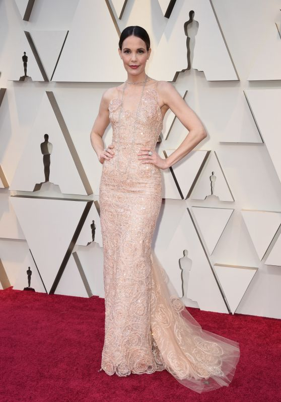 Leslie Bibb – Oscars 2019 Red Carpet