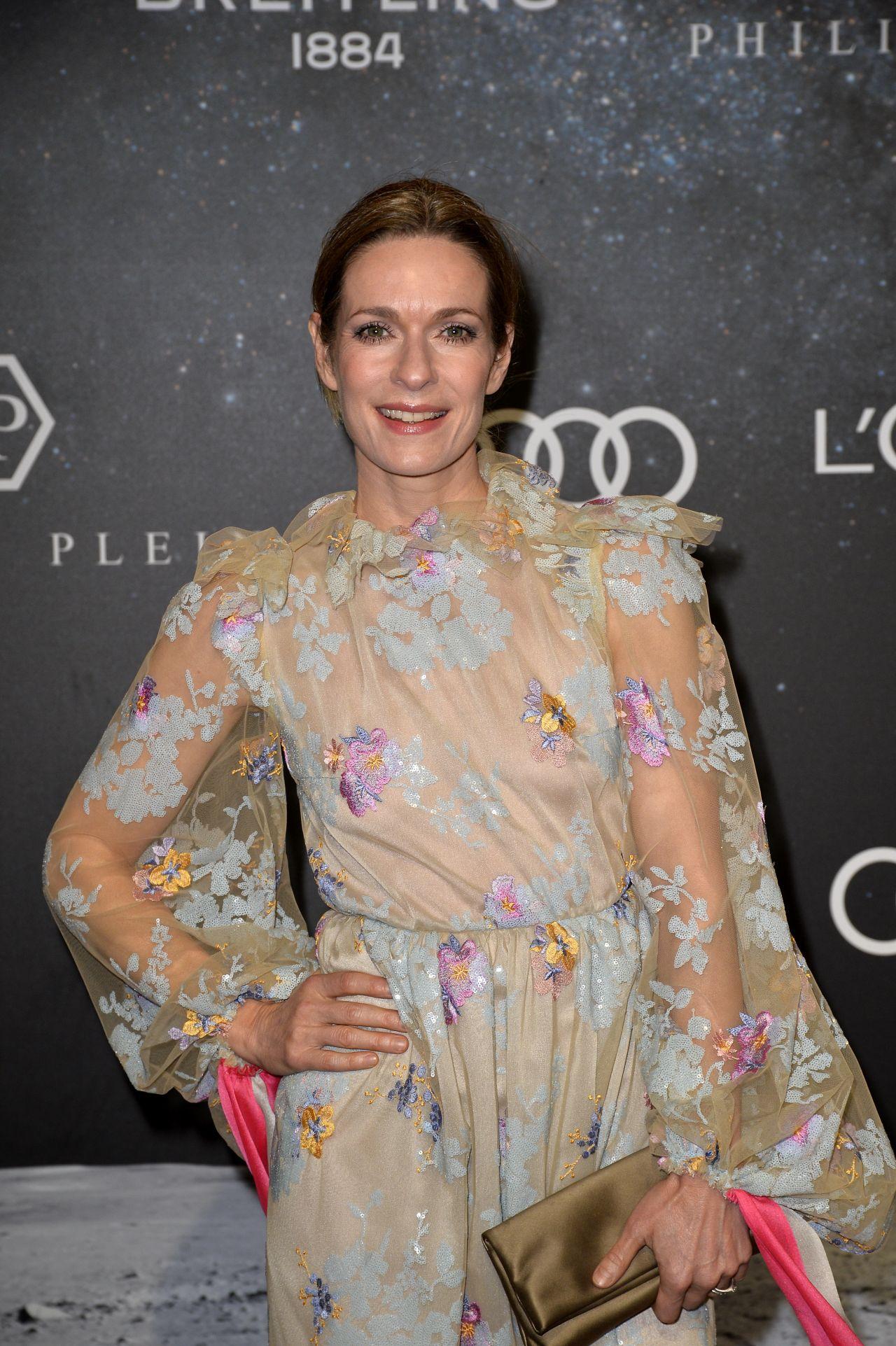 Lisa martinek saskia diez dorothee schumacher show mercedes benz fashion week in berlin new picture