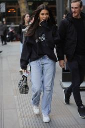 Madison Beer - Arrives at BUILD TV Series in London 02/20/2019