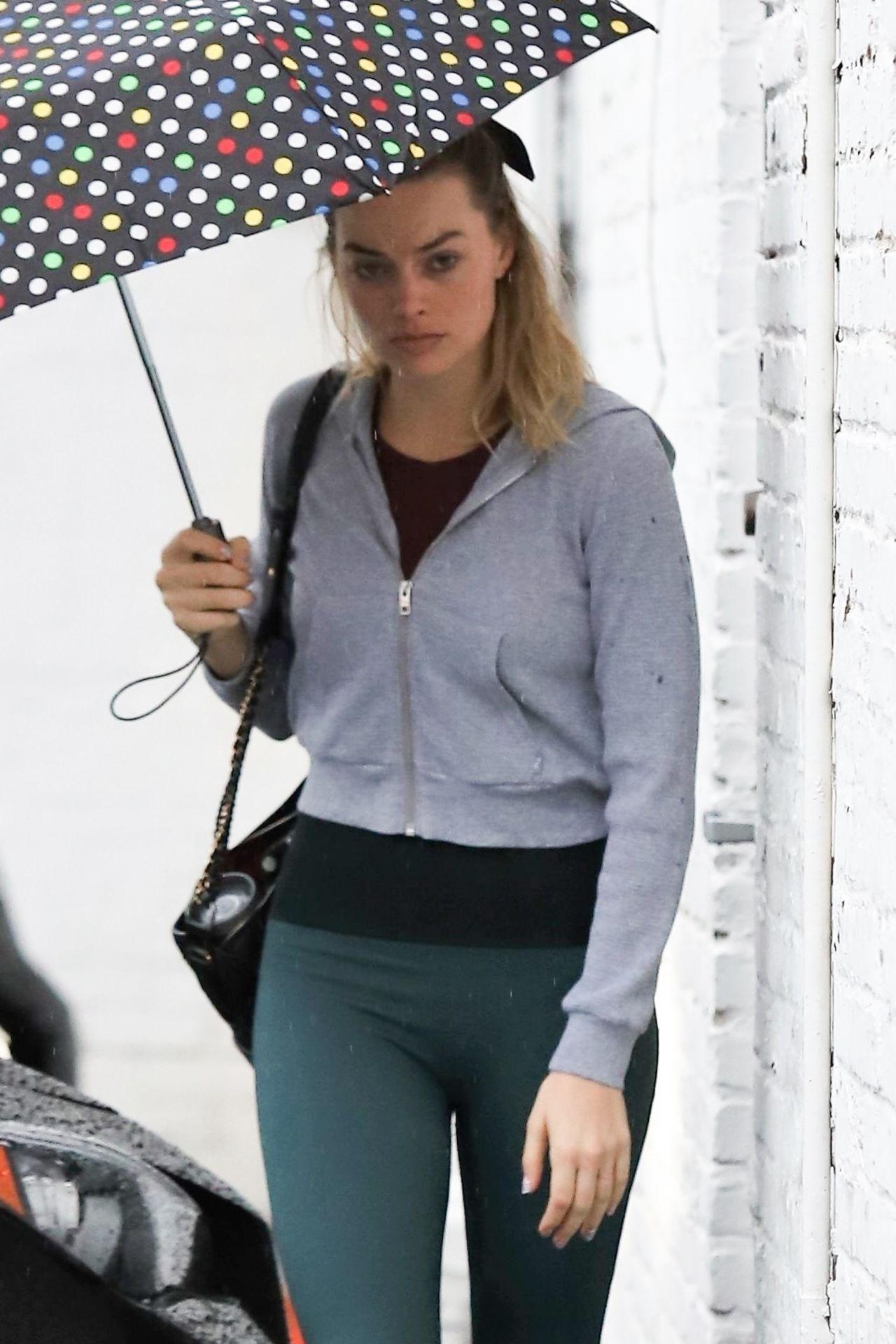 Margot Robbie Heading To The Gym In La 02 03 2019