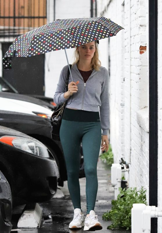 Margot Robbie - Heading to the Gym in LA 02/03/2019