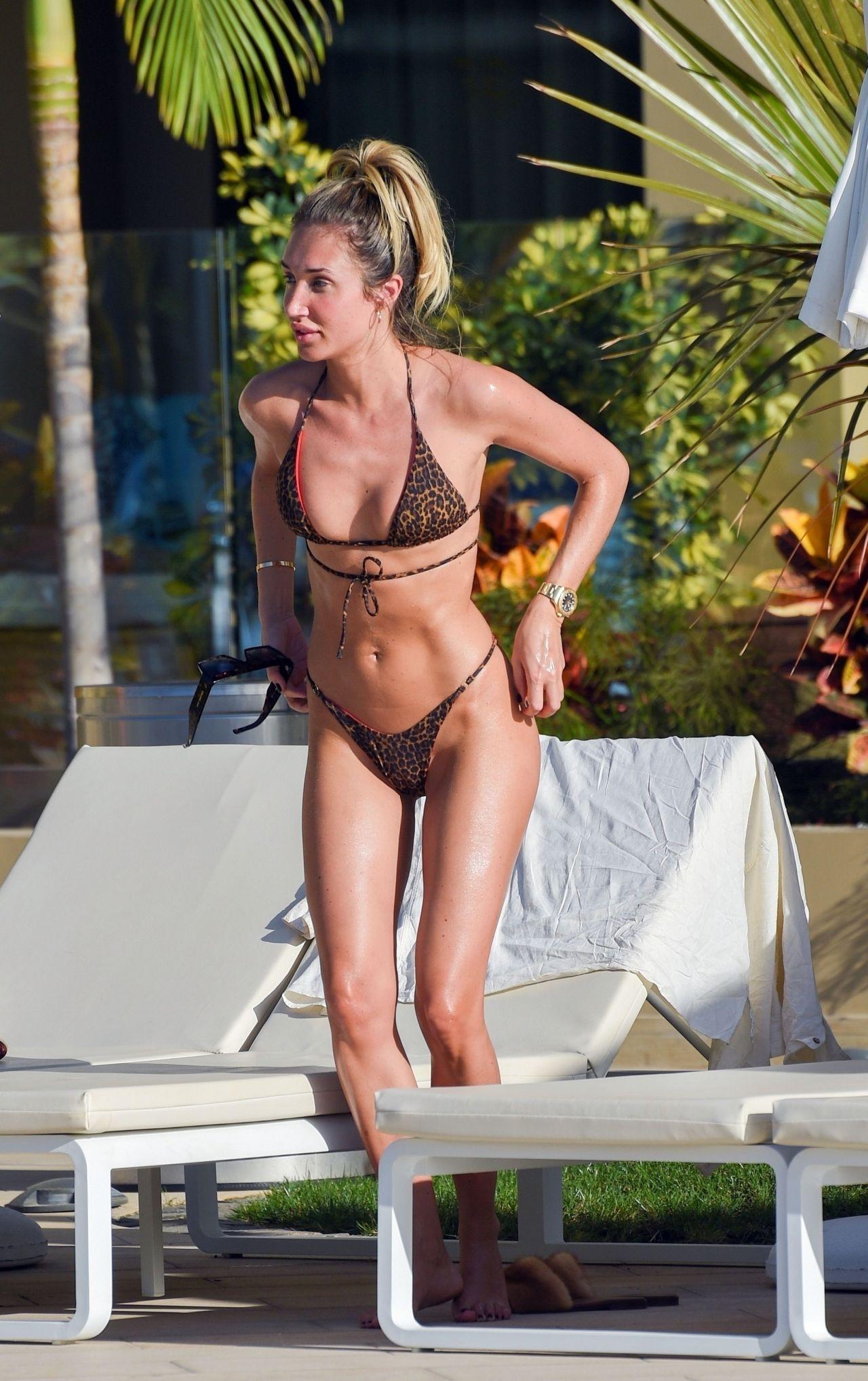 Megan Mckenna In Bikini 02 11 2019