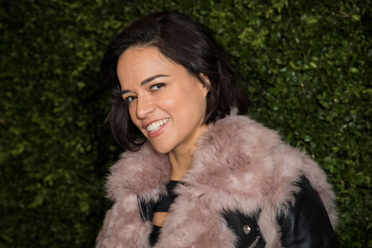https://celebmafia.com/wp-content/uploads/2019/02/michelle-rodriguez-charles-finch-x-chanel-pre-bafta-dinner-in-london-02-09-2019-4.jpg