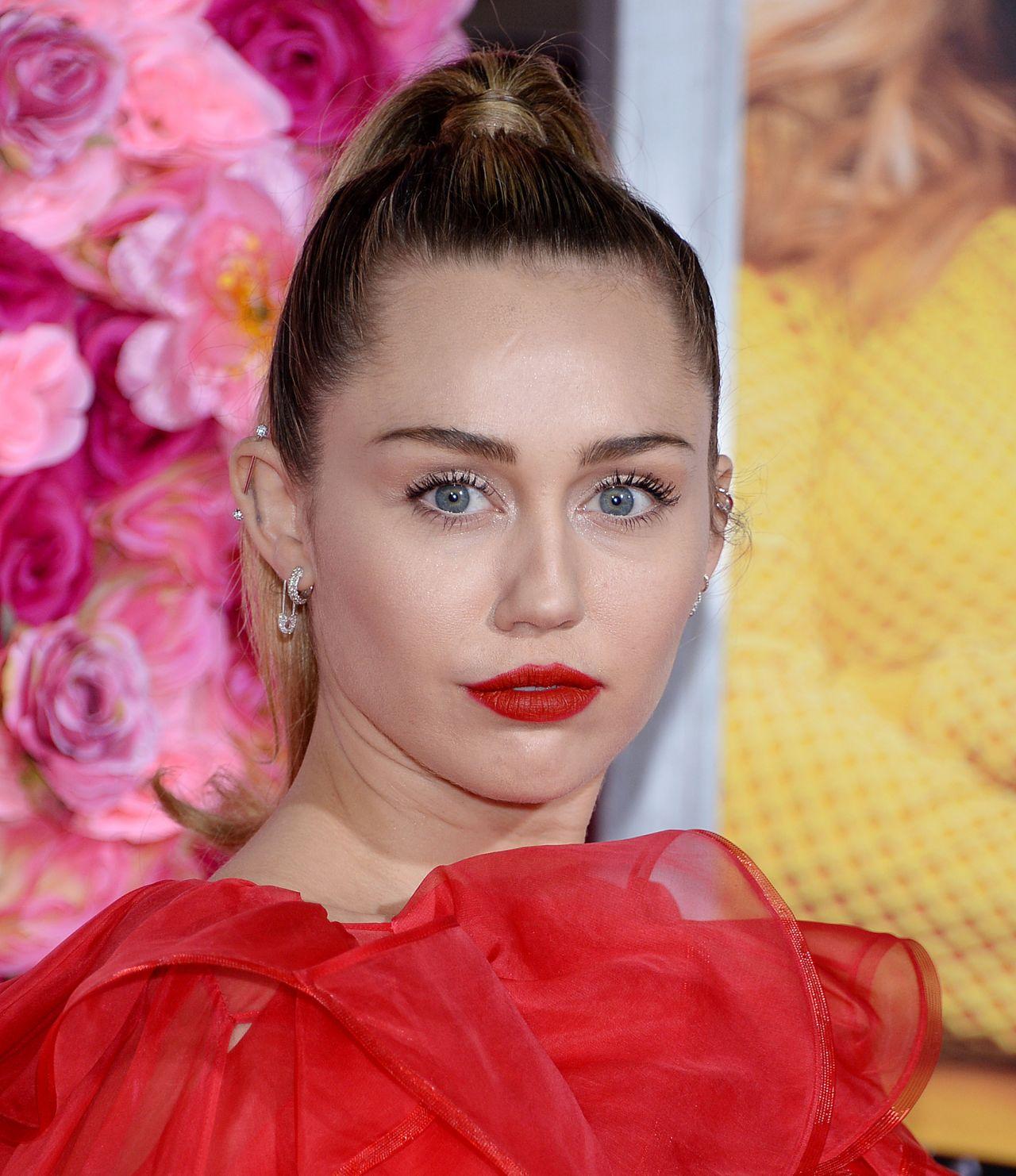 "Miley Cyrus - ""Isn't It Romantic"" Premiere in LA"