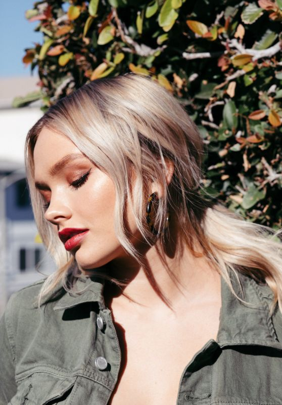 Natalie Alyn Lind – Photoshoot for NKD Magazine Issue #91