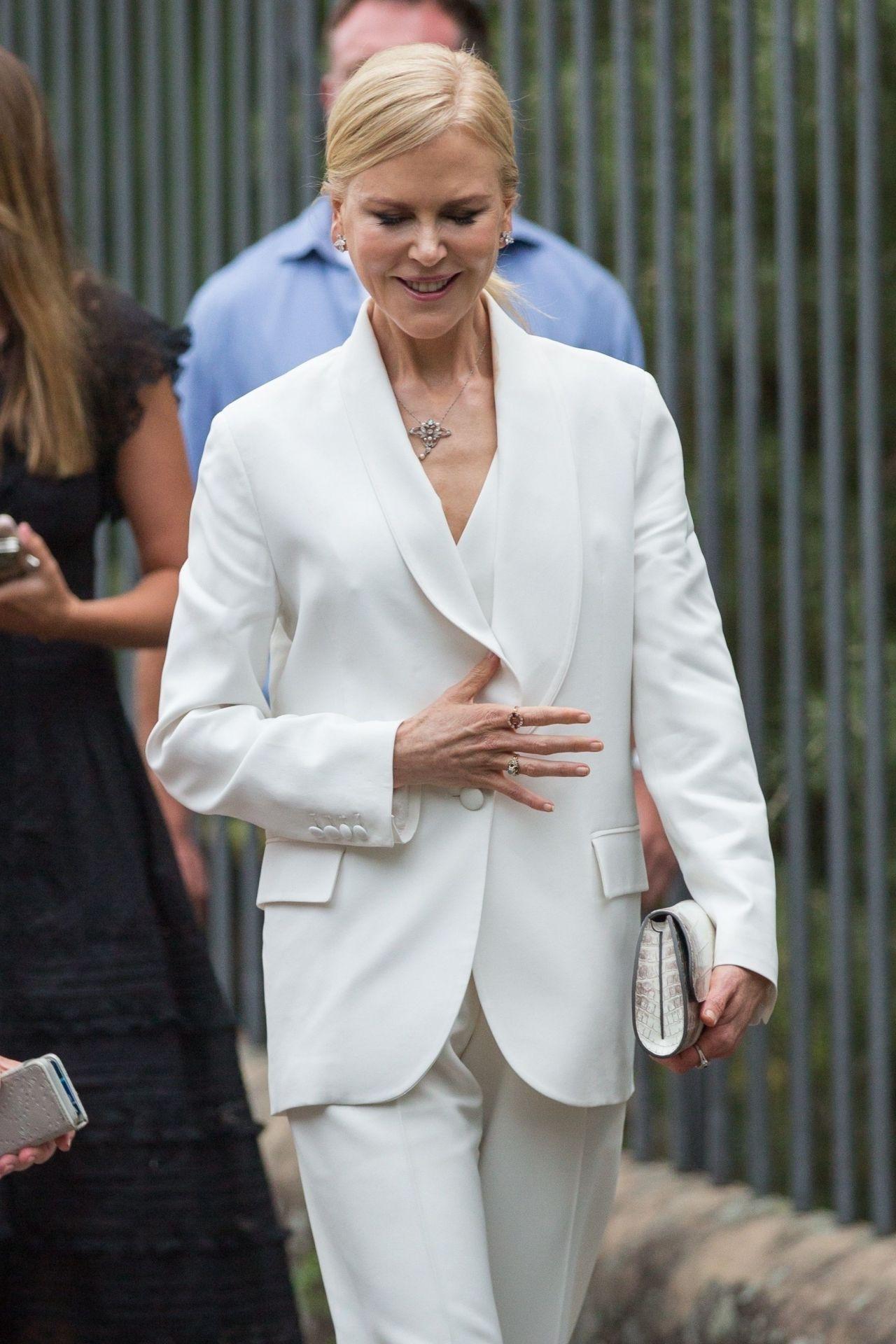 Nicole Kidman Arriving At Quot Destroyer Quot Premiere In Sydney