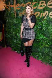 """Olivia Buckland – """"Heartbeat of Home"""" Premiere in London"""