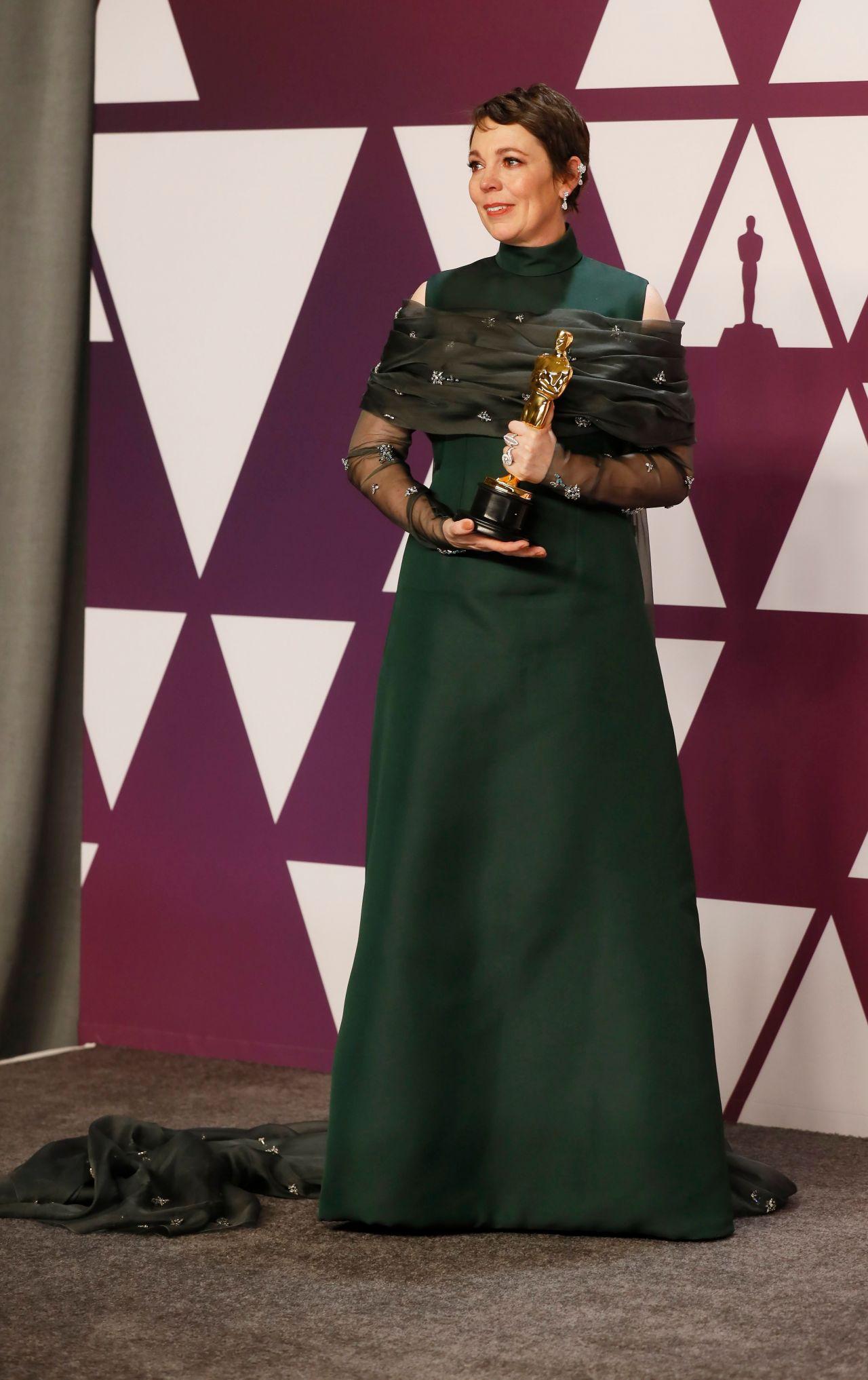 Olivia Colman Oscars 2019 Red Carpet