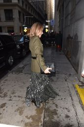 Olivia Wilde - Arrives at Michael Kors Fashion Show in New York 02/13/2019