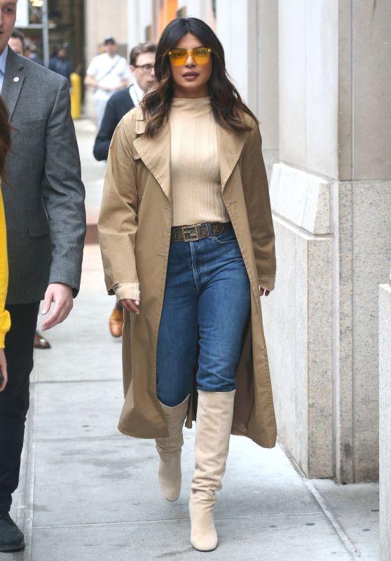 "Priyanka Chopra - Heading to ""The Tonight Show With Jimmy Fallon"" 02/05/2019"