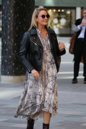 Tamzin Outhwaite - Outside ITV Studios in London 02/11/2019