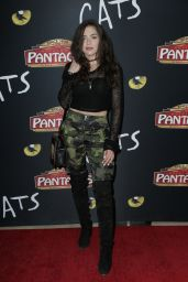 """Victoria Konefal – """"Cats"""" Opening Night Performance in Hollywood"""