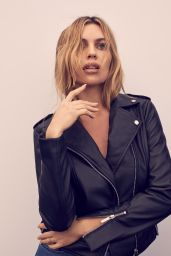 Abbey Clancy - X Lipsy Range Golden Hour Girl 2019 x14