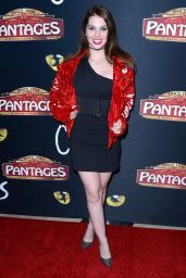 "Ainsley Ross – ""Cats"" Opening Night Performance in Hollywood"