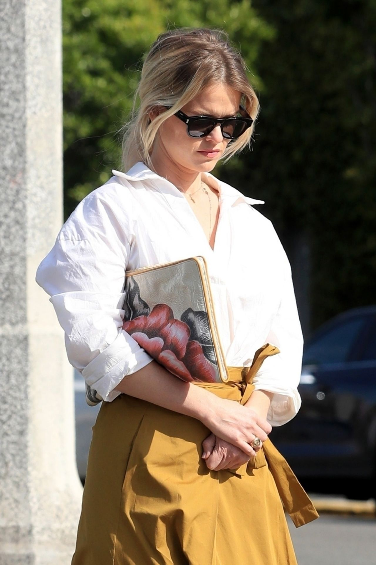Alice Eve Cute Style Out In Hollywood 03 22 2019