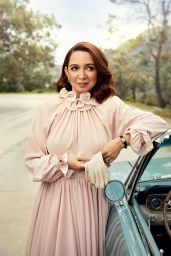 Amy Poehler and Maya Rudolph - Vanity Fair April 2019