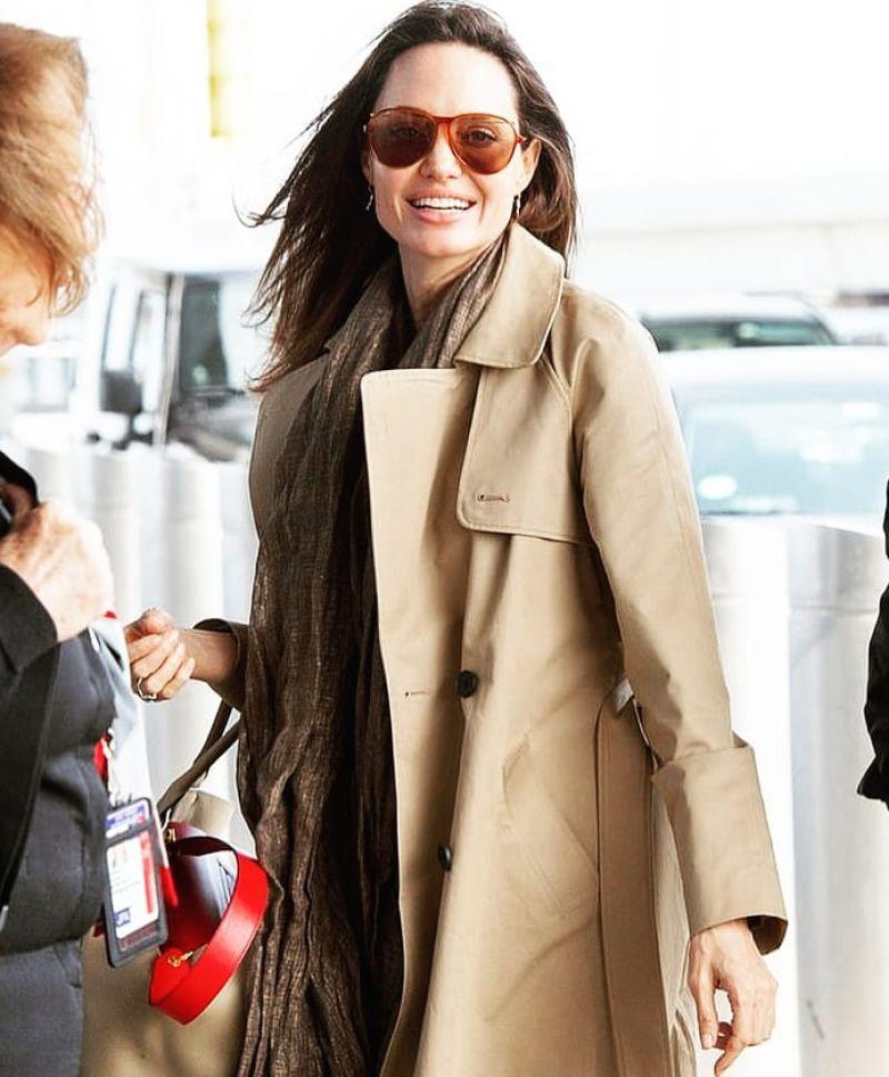 Angelina Jolie Jfk Airport In New York 03 30 2019